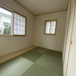 ちょっとした和室のスペースはくつろぎの空間となりそうです。(和室)