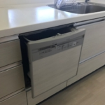室内(2019年年8月)撮影 便利な食洗機が家事をサポートしてくれます。(キッチン)