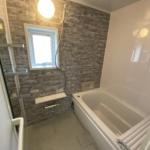 浴室はユニットバスに新規交換(バス)